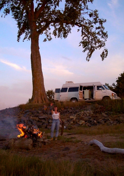 Roadtrip: Grand Pre bonfire and campsite