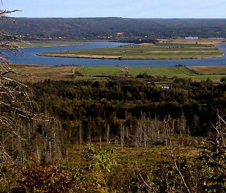 Annapolis River valley, Thibodeau Village, Pre Ronde(Round Hill) from across the river