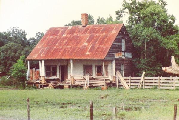 one of the last 1800s Cajun houses on Bayou Teche